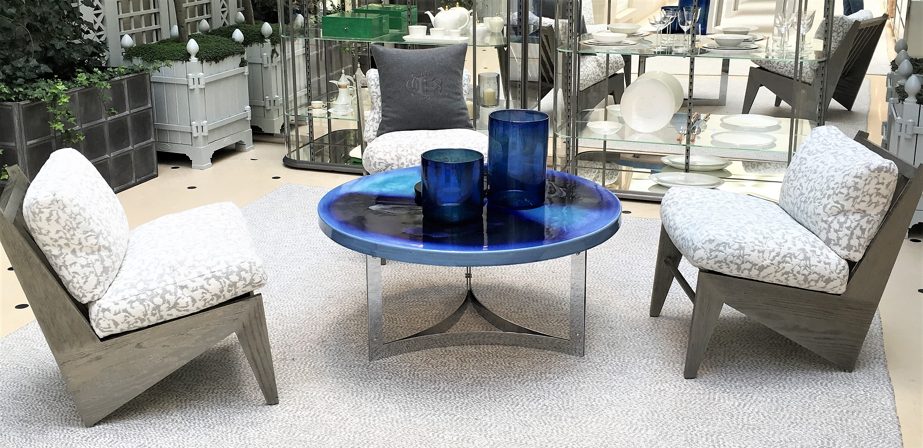 WHY YOU NEED A CONTEMPORARY COFFEE TABLE IN YOUR LIFE GIRL ABOUT
