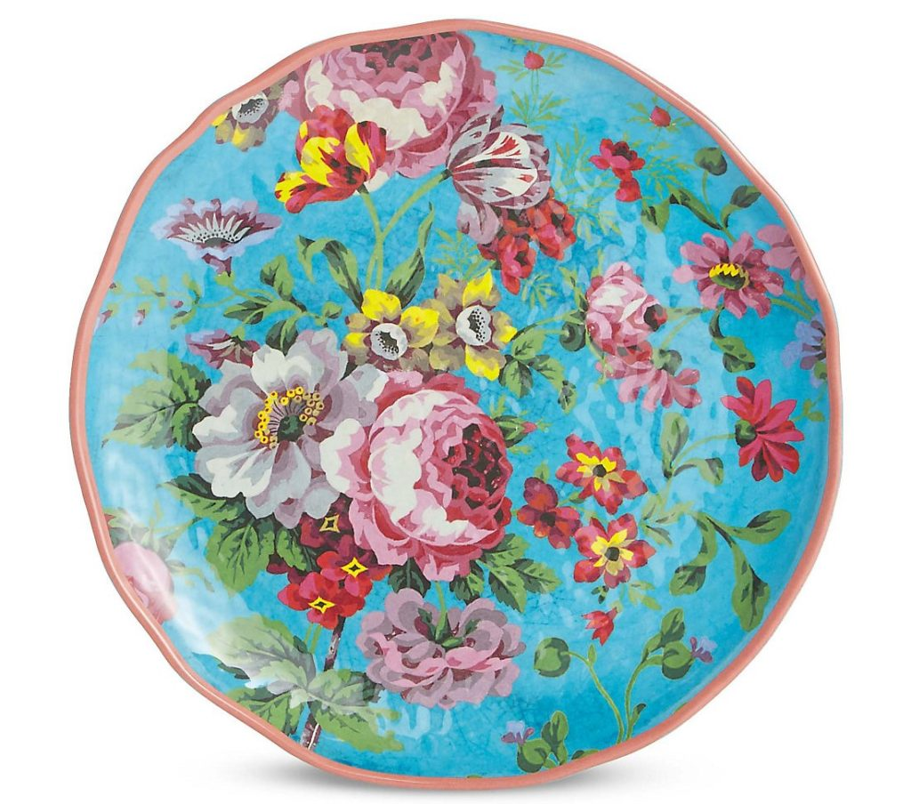 The blue-mix Frida plate at M&S is a total summer winner! A gorgeous palette and nod to the fabulous Frida Kahlo's work, this melamine plate is perfect for al-fresco dining in style. More bright summer florals and styling advice on the blog post.