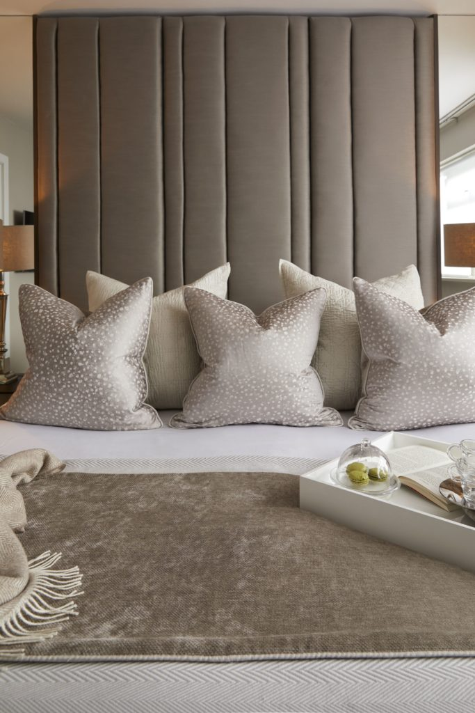 Hotel Bedroom: 5 WAYS TO ACHIEVE A LUXURY BOUTIQUE HOTEL-STYLE BEDROOM