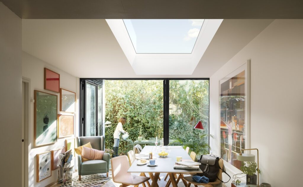 My aim here is to impart wisdom on the dos and the don'ts of the extensive undertaking of a home renovation project. From industry secrets to make your home extra 'wow' to pitfalls to avoid. I've partnered with Vario by VELUX.